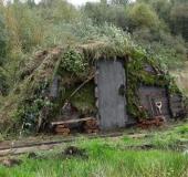 001-Hütte-der-ersten-Siedler-im-Teufelsmoor-L.-Klasing-